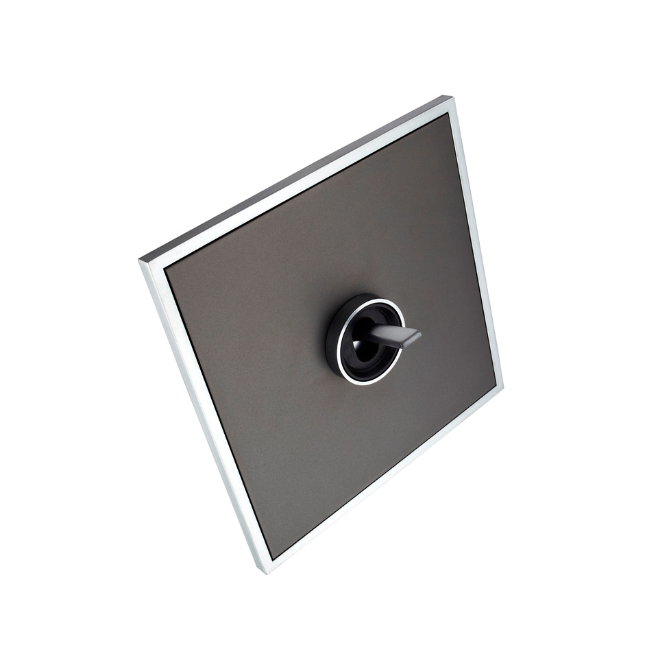 FONT BARCELONA 5.1 Collection - rámeček chrom, kryt černý hliník, kroužek chrom, páčka grafit