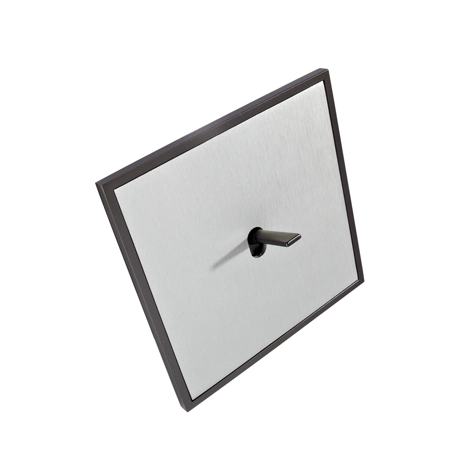 FONT BARCELONA 5.1 Collection - rámeček grafit, kryt hliník stříbrný, páčka grafit