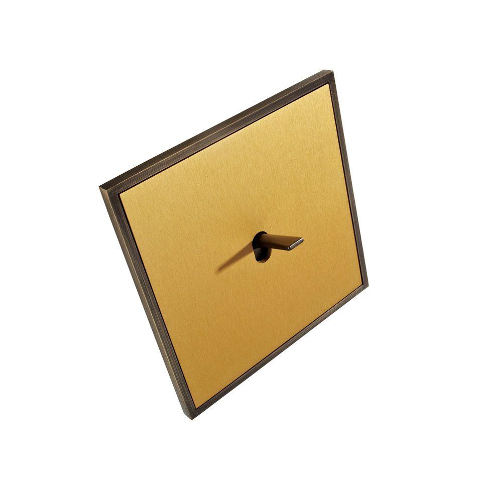 FONT Barcelona 5.1 Collection - kryt zlatá, rámeček a páčka antická bronz