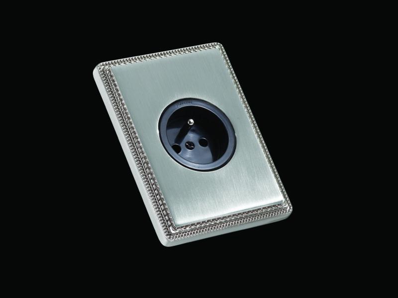 FONT BARCELONA 1950 Collection - rámeček matný nikl, zásuvka
