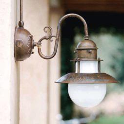 Nástěnné mosazné svítidlo Linea Abazzia od Aldo Bernardi